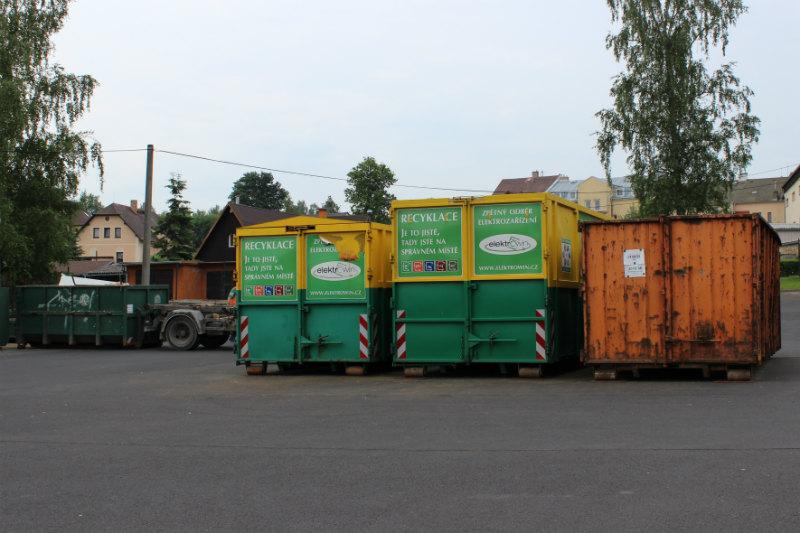 Sběrný dvůr v areálu chodovských technických služeb. Foto: Martin Polák