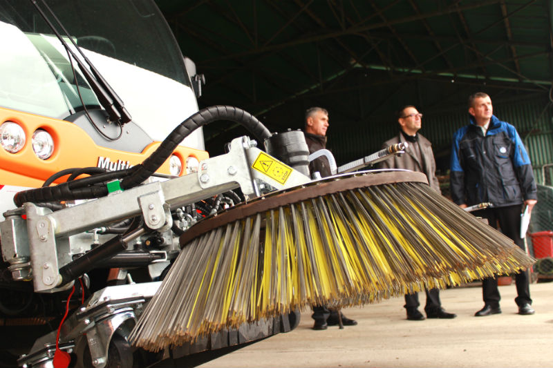 Nové vozy Chodovských technicko-ekologických služeb. Foto: Martin Polák