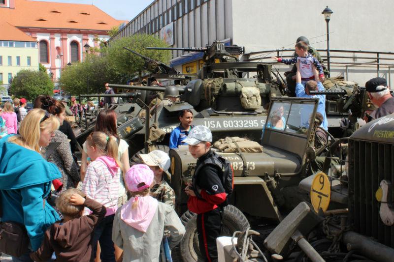 Výstava dobové vojenské techniky. Foto: Martin Polák