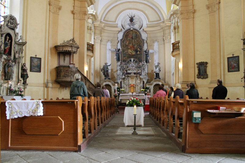 Vnitřek kostela svatého Vavřince. Foto: Martin Polák