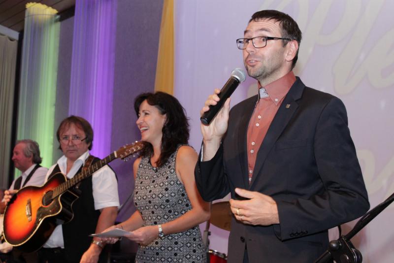 Ples zahájil starosta města Patrik Pizinger. Foto: Martin Polák