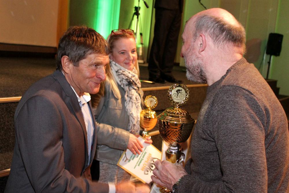 Osminásobný vítěz Velké pardubické žokej Josef Váňa (vlevo). Foto: Martin Polák