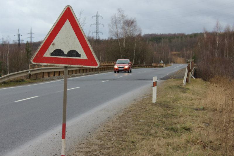 Most mezi Vintířovem a Lomnicí. Foto: Martin Polák
