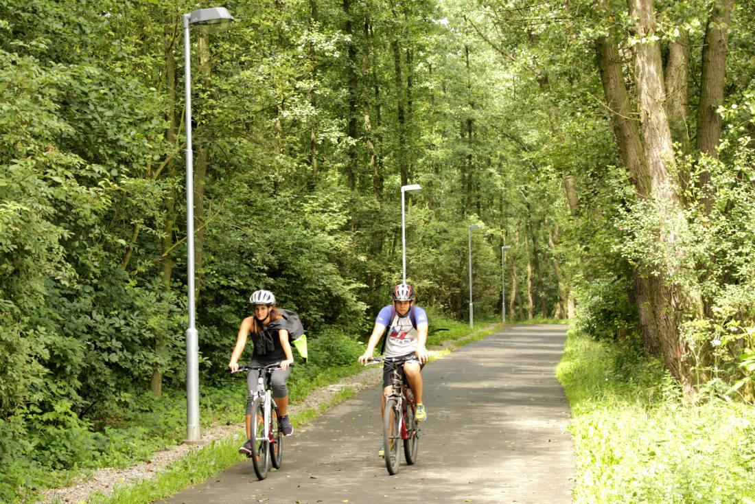 Nové veřejné osvětlení na cestě do Staré Chodovské. Foto: Martin Polák