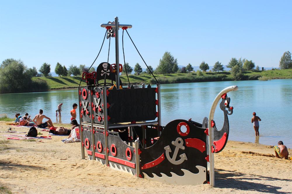 Nová pirátská loď na Bílé vodě. Foto: Martin Polák
