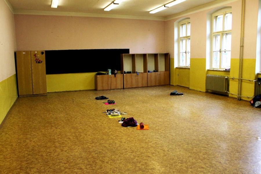 Ve škole už zůstaly jen prázdné třídy. Foto: Martin Polák