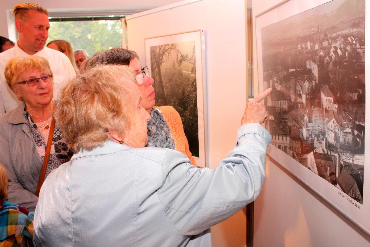 Vernisáž výstavy Willi Huttig, chodovský fotograf se konala 12. srpna. Foto: Martin Polák