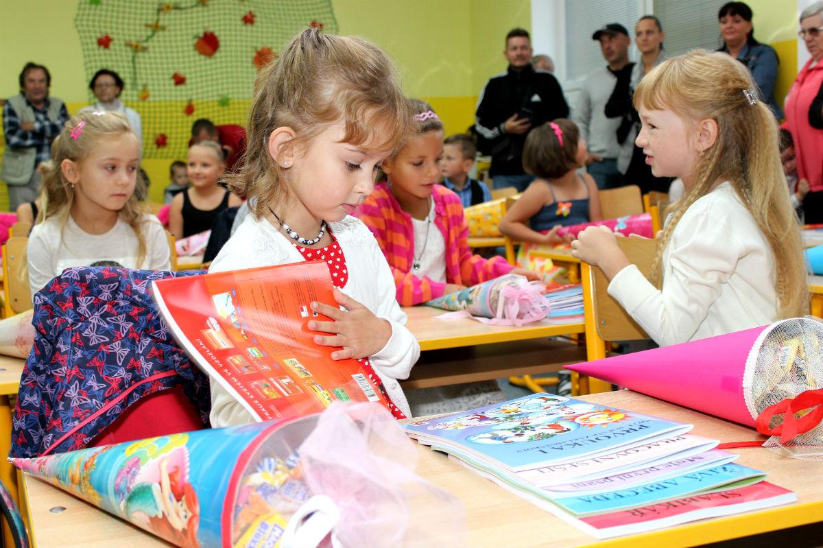 První školní den v nové přístavbě školy J. A. Komenského. Foto: Martin Polák