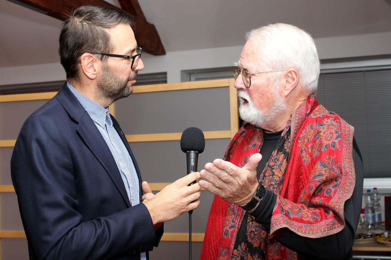 Rozhovor pro TV studio Chodov vedl starosta Patrik Pizinger. Foto: Martin Polák