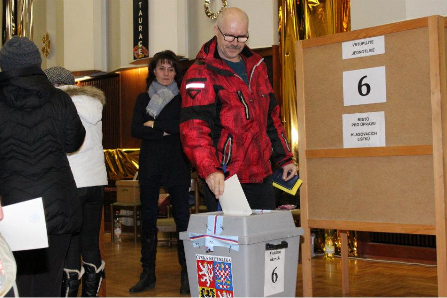 Druhé kolo prezidentských voleb v Chodově. Foto: Martin Polák