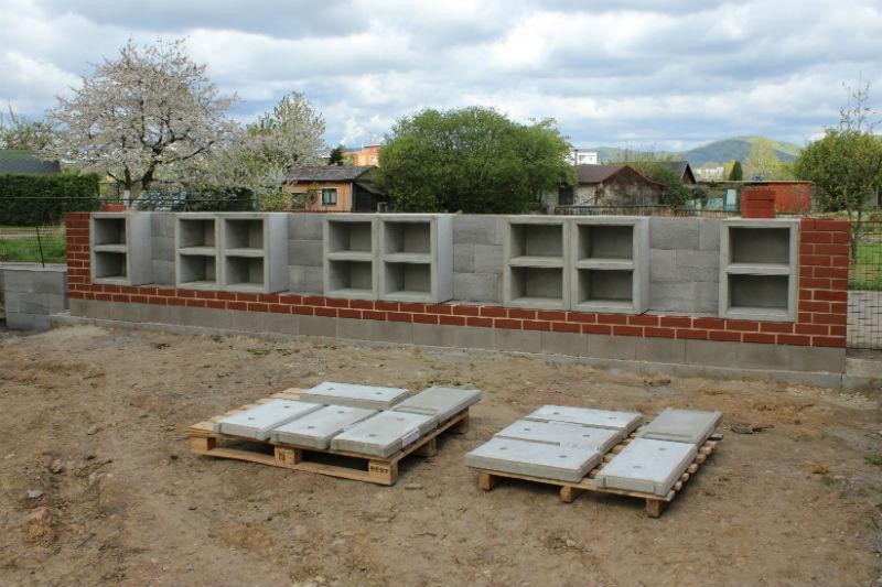 Stavba nového kolumbária. Foto: Martin Polák