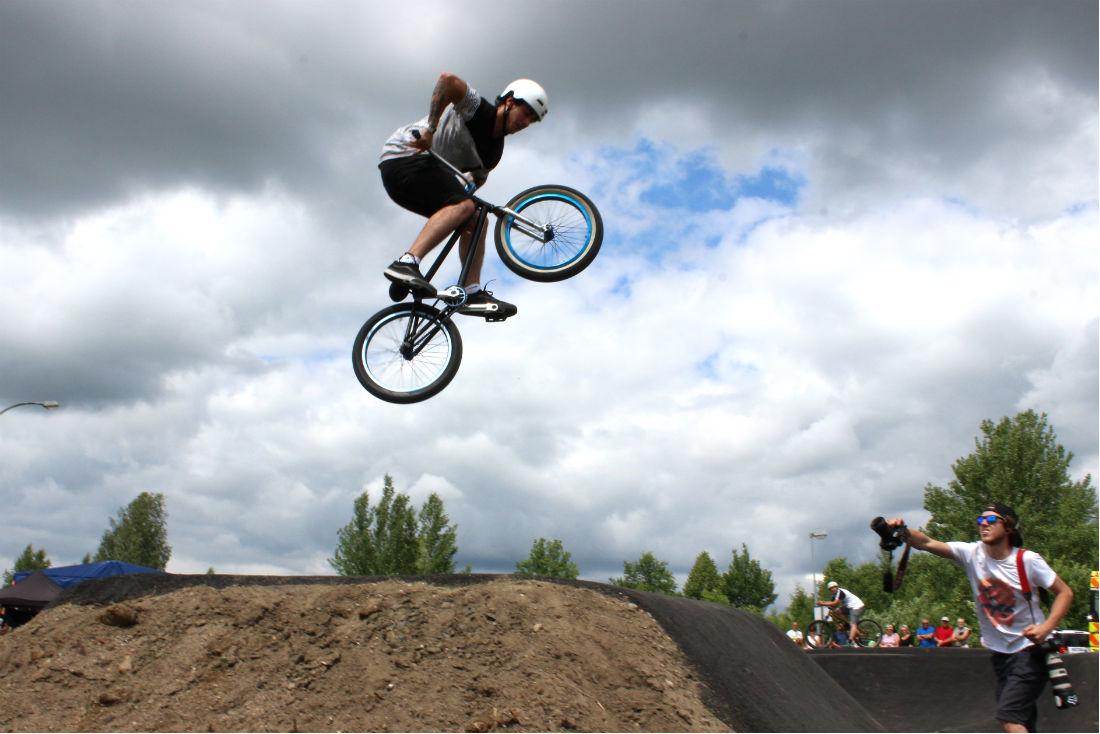 Dráhu prověřili zkušení bikeři. Foto: Martin Polák