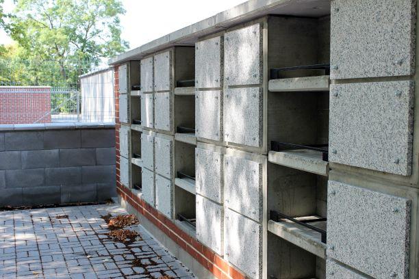 Nová kolumbária na městském hřbitově v Chodově. Foto: Martin Polák