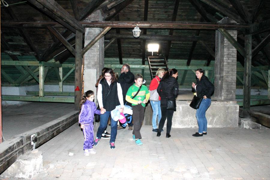 Návštěvníci si prohlédli i školní půdu. Foto: Martin Polák