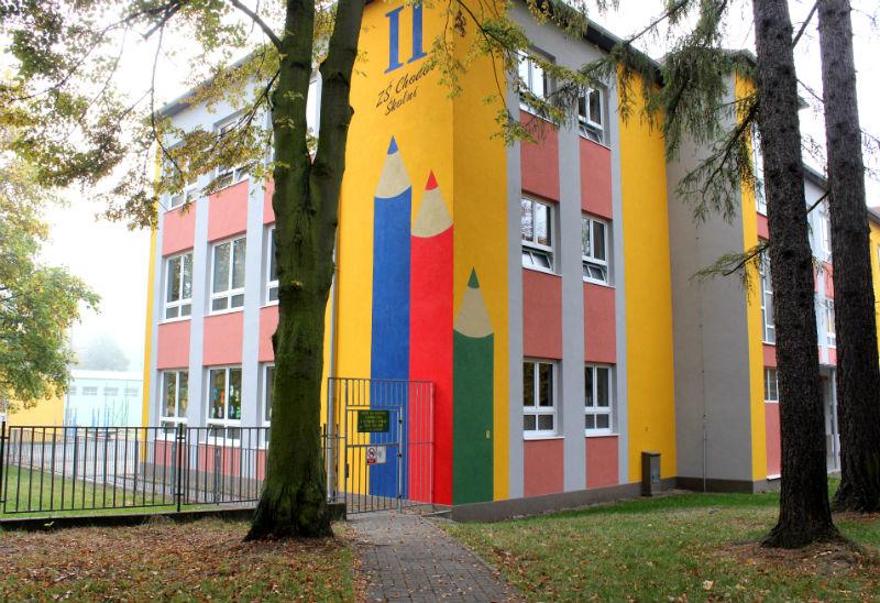 Nová fasáda prvního stupně ZŠ ve Školní ulici. Foto: Martin Polák