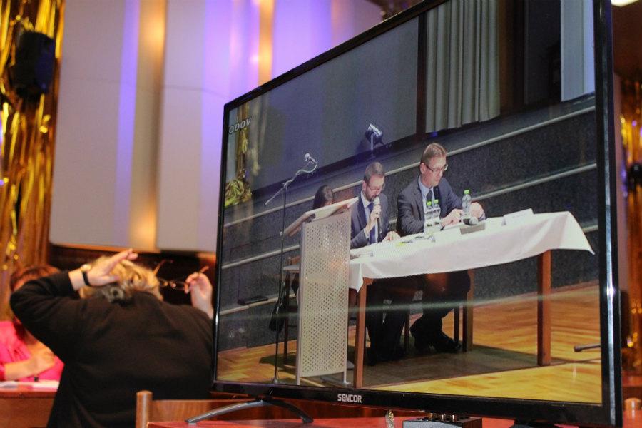 Volbu vedení města přenášelo v přímém přenosu TV studio Chodov. Foto: Martin Polák