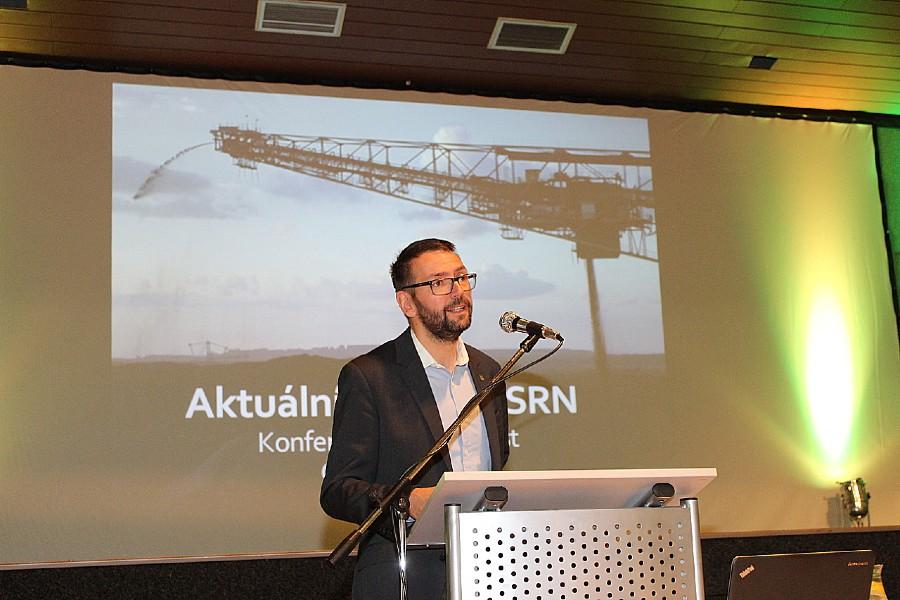 Starosta Patrik Pizinger přednáší svůj příspěvek. Foto: Martin Polák