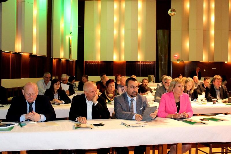 Konference se konala ve společenském sále Kulturního a společenského střediska. Foto: M. Polák
