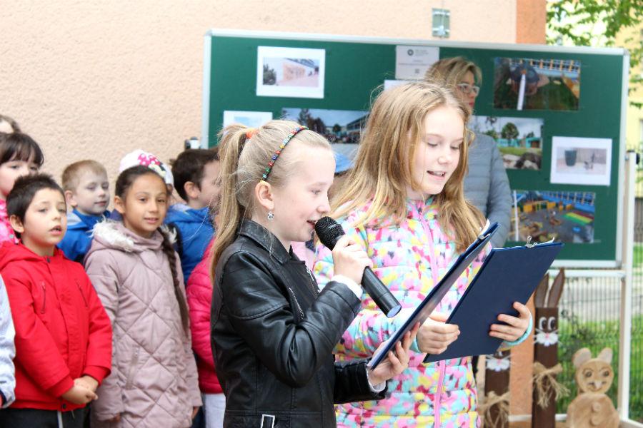 O slavností zahájení sezóny se postarali sami žáci školy. Foto: Martin Polák