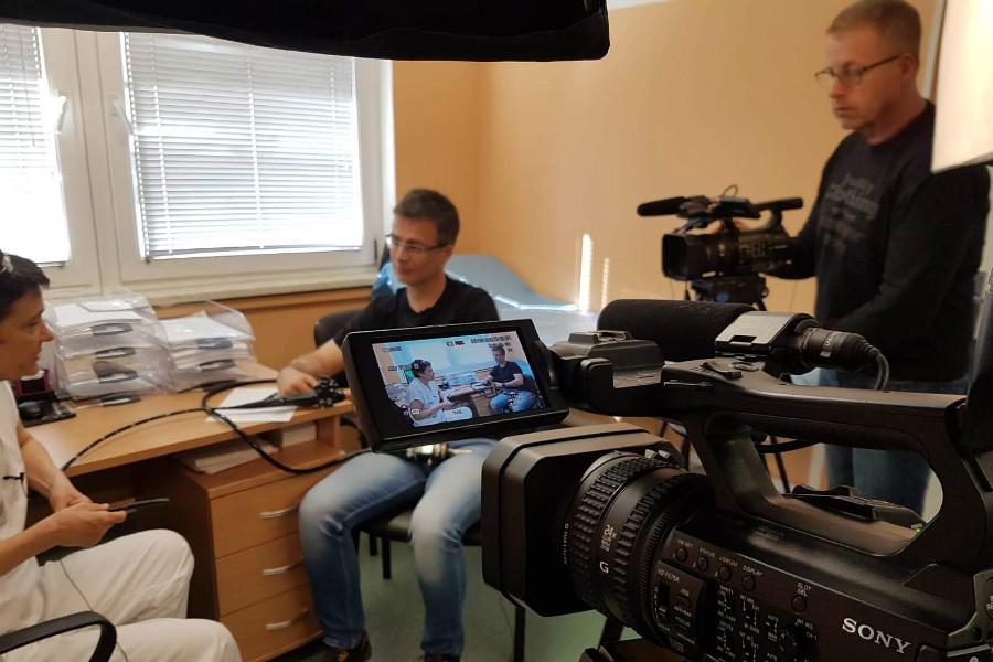 Natáčení pořadu se odehrává v Karlovarské krajské nemocnici. Foto: J. Spěváček