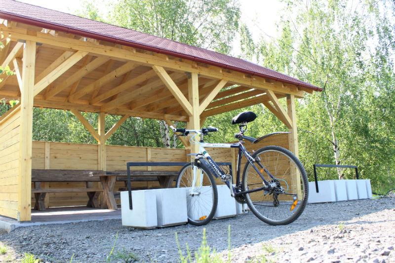 Zázemí pro cyklisty u Bílé vody. Foto: Martin Polák