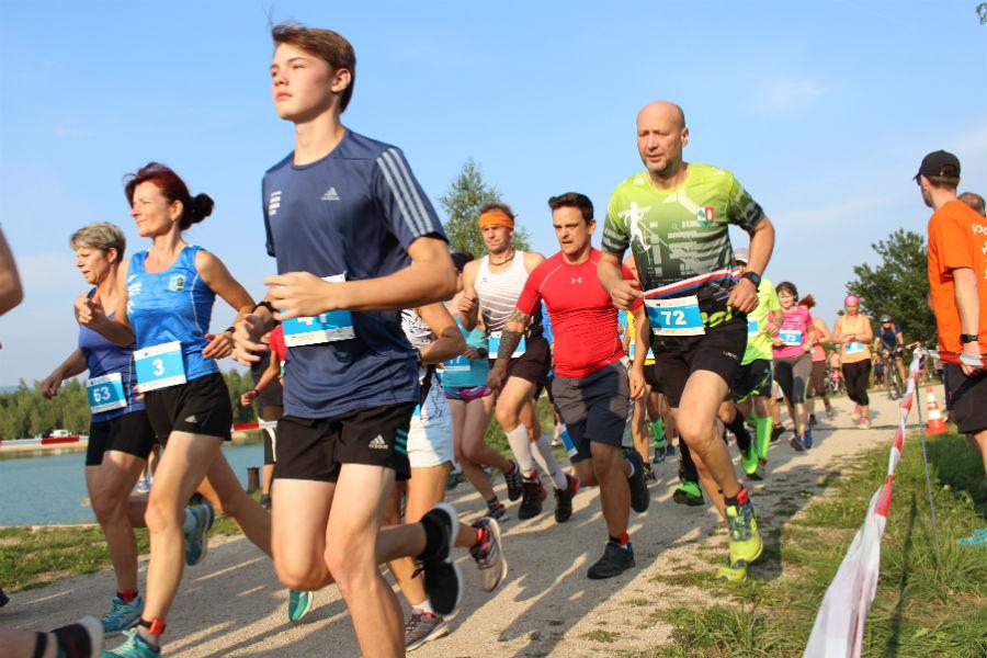 Chodovská vlečka přilákala stovku běžců. Foto: Martin Polák