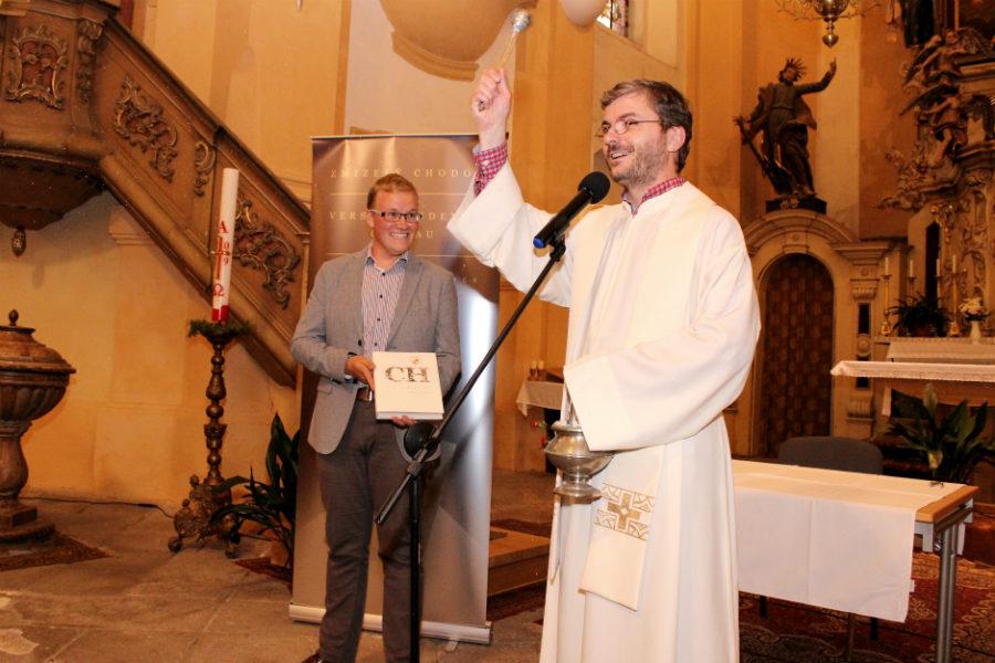 Knihu pokřtil P. Romuald Štěpán Rob. Foto: Martin Polák