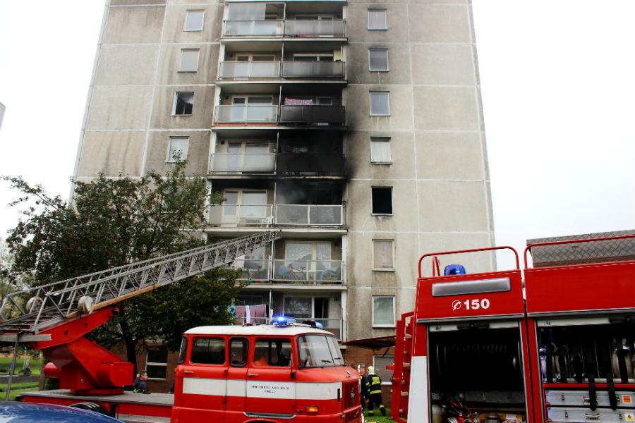 IFA u požáru věžáku v ulici U Koupaliště v roce 2014. Foto: Martin Polák