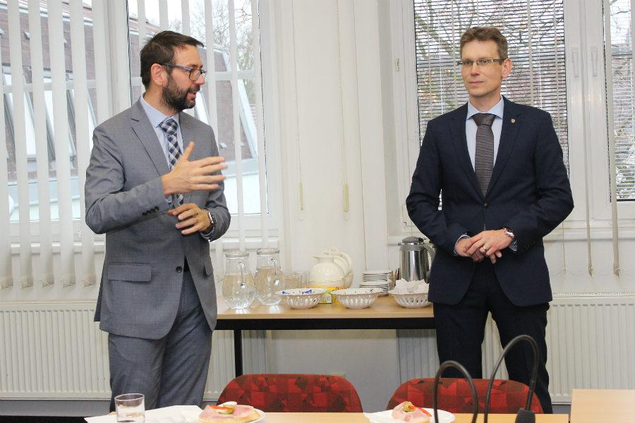 Za Chodov dárcům pogratuloval jeho starosta Patrik Pizinger a místostarosta Luděk Soukup.