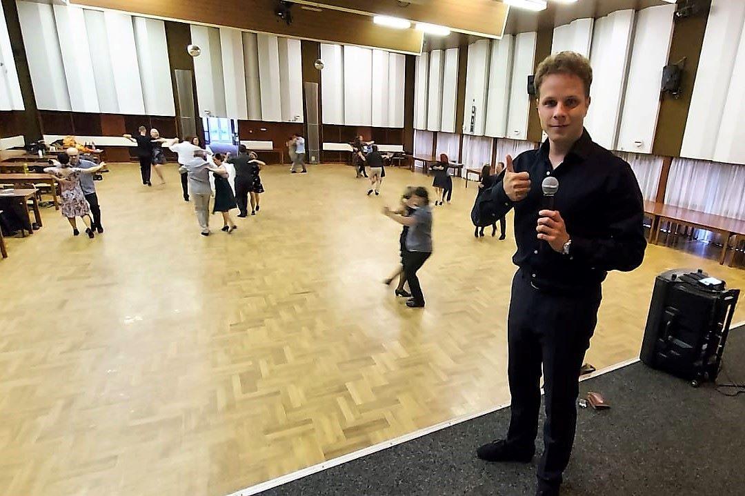 Nedělní taneční kurzy Jana Ondera v KASSu. Foto: Jan Kurčík