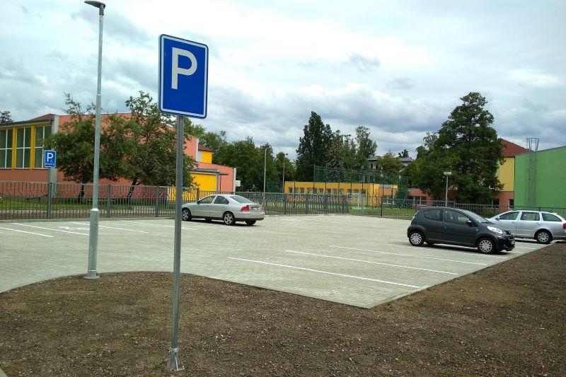 Nové parkoviště ve Smetanově ulici. Foto: Martin Polák