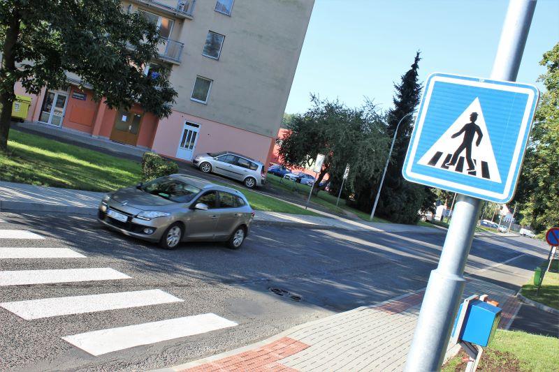 Nový přechod mezi ulicemi Školní a Revoluční. Foto: Martin Polák