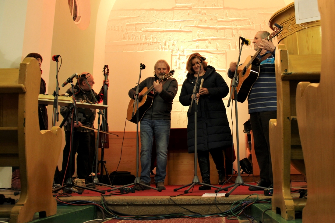 Páteční koncert Roháčů v evangelickém kostele. Foto: Martin Polák